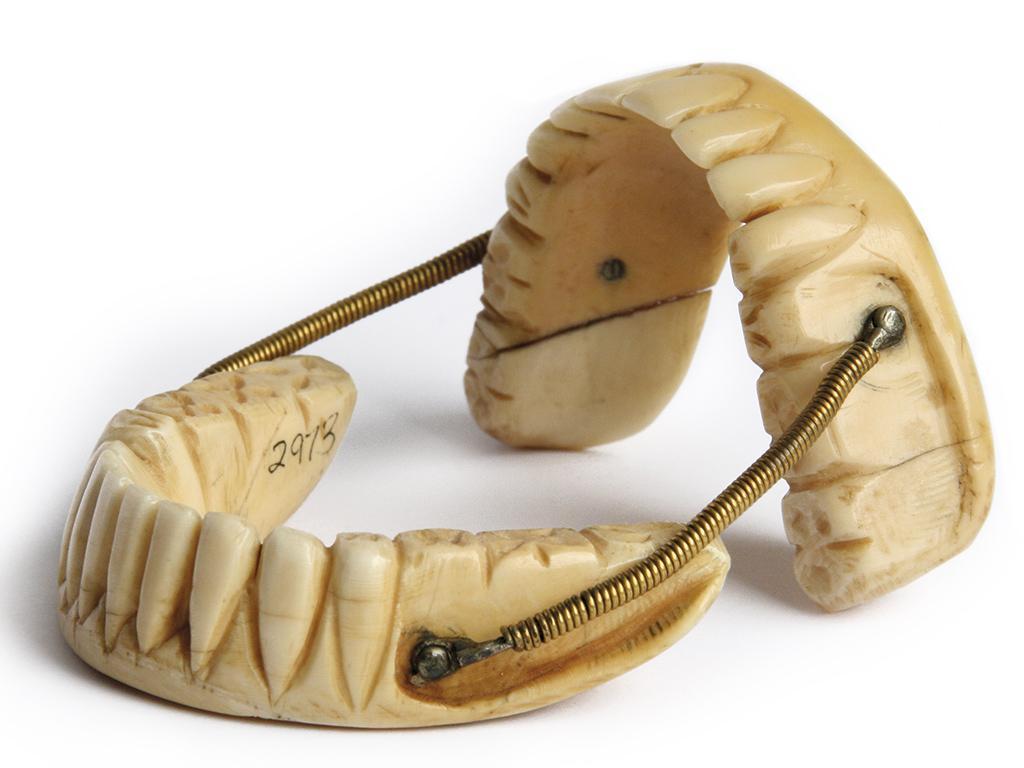 История зубного протезирования